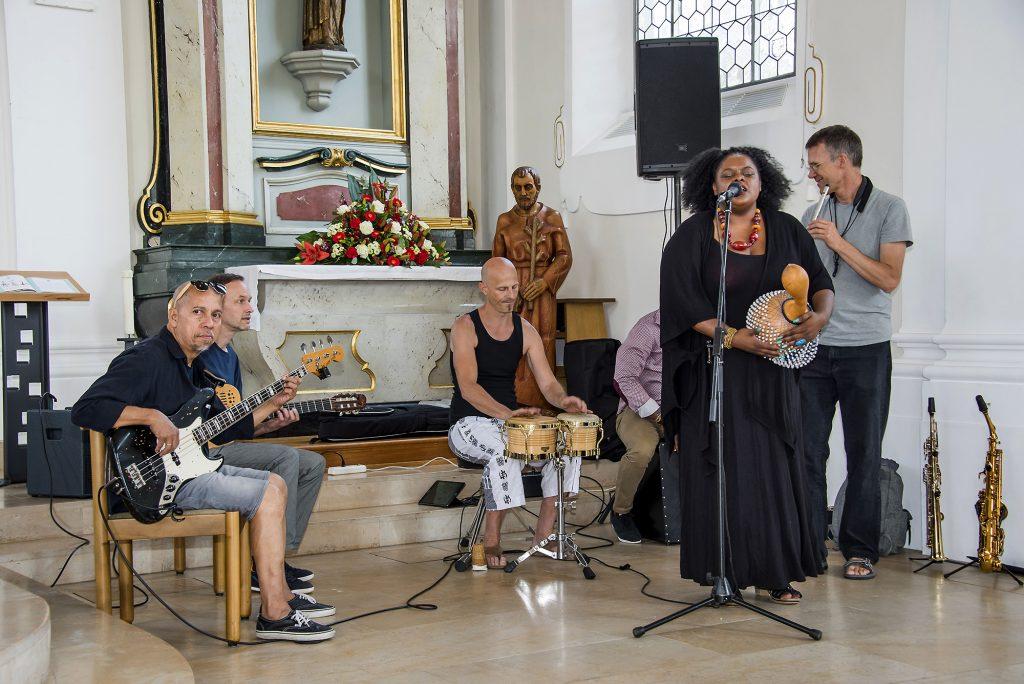 Ökumenischer Gottesdienst: Musikalische Begleitung